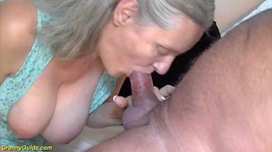 Сексуальные бабушки за 60 (103 фото)