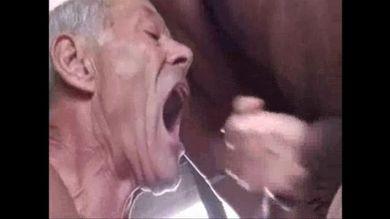 Порно Видео Бабы Насилуют Мужика