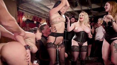 Секс Оргии В Клубе Скачать На Телефон